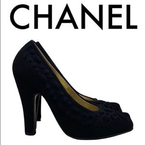 CHANEL BLACK QUILTED HEELS SIZE 5.5